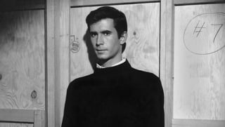 Norman Bates (Anthony Perkins) vo filme Psycho