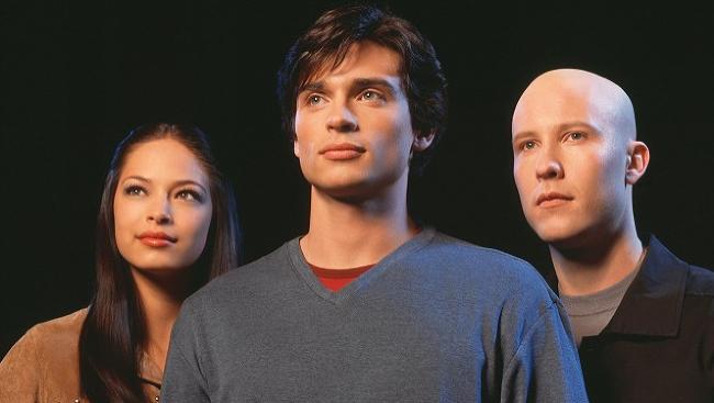 b2adc2c30 31.05.2019Herci a herečkyPamätáte si na seriál Smallville? Tí, ktorí žijú  už nejaké to štvrťstoročie, určite áno. Každý pracovný deň sme mohli  sledovať ...