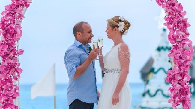 Semir z Kobry 11 musel preložiť svadbu: Trvala na tom partnerka, dôvod vás zaskočí!