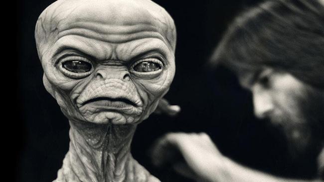 Hororový E.T.