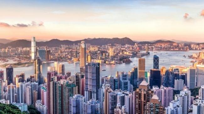 Západ slnka v Hong Kongu