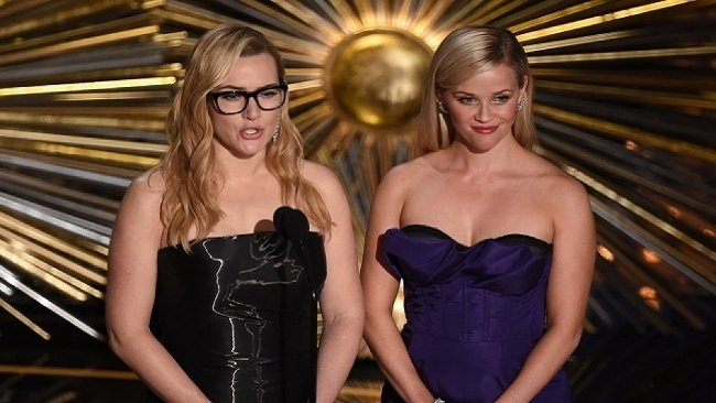 Kate Winslet, Reese Whitherspoon