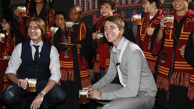 James Phelps, Oliver Phelps