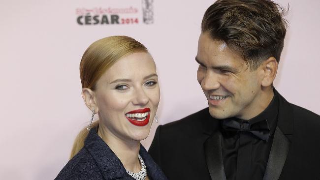 Scarlett Johansson a Romain