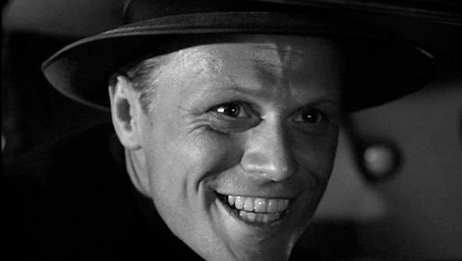 Tommy Udo (Richard Wildmark) vo filme Bozk smrti